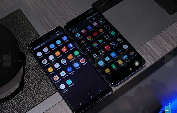Samsung-Galaxy-Note-8-vs.-HTC-U11-1