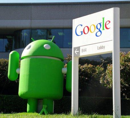 Android smartphone pieghevole